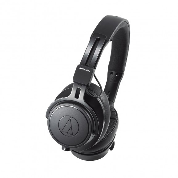 Audio Technica ATH-M60X Professional Monitor Headphones for Broadcase and Studio