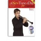 A New Tune a Day for Clarinet - Book 1 BK/CD/DVD -  Ned Bennett   (Clarinet)  - Boston Music. Softcover/CD/DVD Book